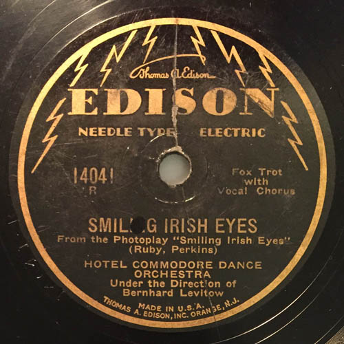 Smiling Irish Eyes